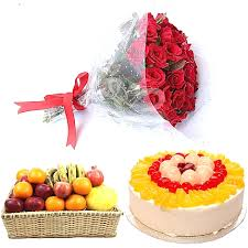 1/2 kg fruit cake 2 kg fruits and 12 red roses bouquet
