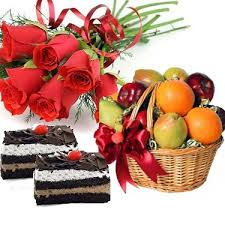 4 kg fruit basket with 6 roses hand bunch and 2 pastries